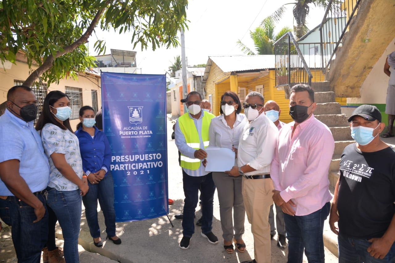 ALCALDIA DE PUERTO PLATA INICIA TRABAJOS DE CONSTRUCCIÓN DE 12 OBRAS DEL PRESUPUESTO PARTICIPATIVO 2021 EN DIFERENTES SECTORES DEL MUNICIPIO CABECERA